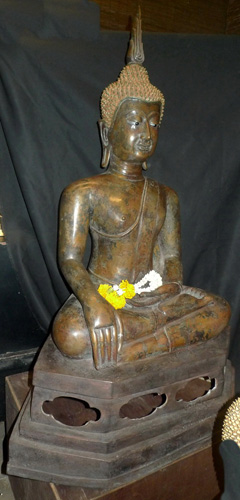 K5710-UF Lamphun Buddha  Status : Inquire Click on picture for enlarge