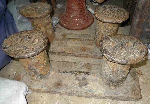 K6860-TB Set of 4 bollards can be used as table feet  Status : Inquire Click on picture for enlarge