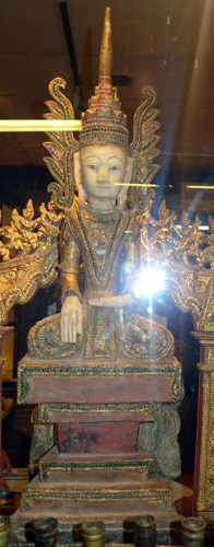 K9880-UE Thai Yai Buddha, 2 kruang  Status : Available Click on picture for enlarge