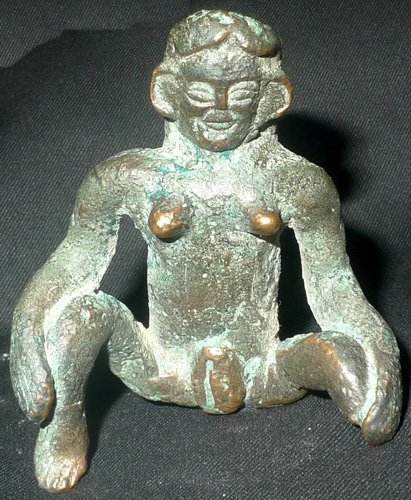 L0920-NX Luang Prabang Fertility Charm  Status : Inquire Click on picture for enlarge