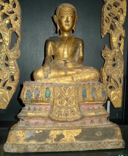 L1870-UT Ayutthaya Buddha as a monk  Status : Inquire Click on picture for enlarge