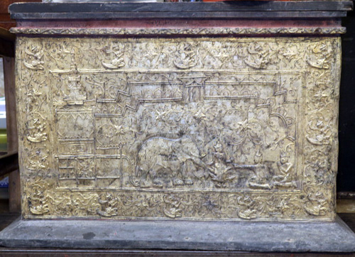 L6860-UL Temple chest  Status : Inquire Click on picture for enlarge