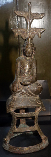 Ava Buddha on hollow base