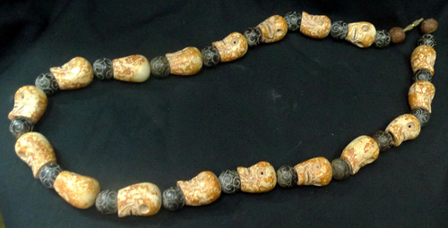 Tantric necklace (skulls)