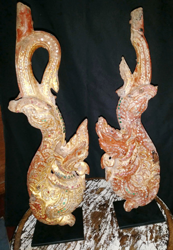 Pair of naga - tho naya