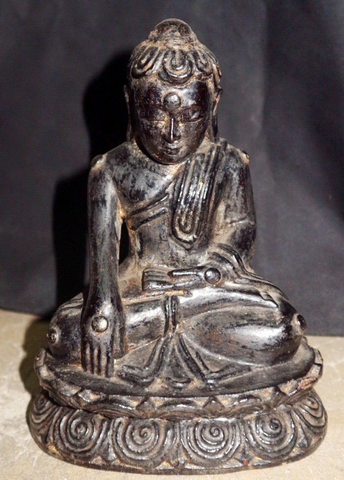 L9620-BB Burmese Buddha  Status : Inquire Click on picture for enlarge