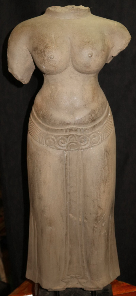 L9760-UC Khmer Uma torso  Status : Inquire Click on picture for enlarge