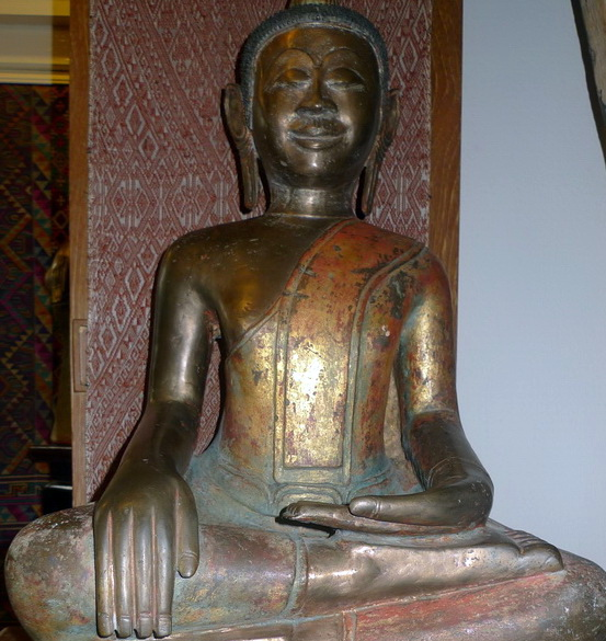 L9910-UC Post Angkorian Khmer Buddha  Status : Inquire Click on picture for enlarge