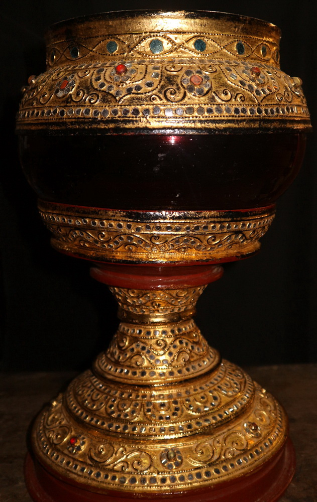 Ceremonial monk bowl