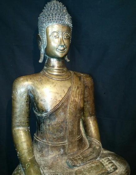 Giant Lao Buddha