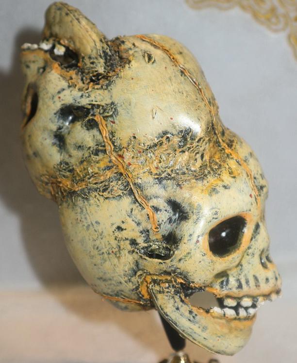 Double monkey skulls