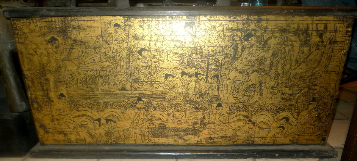 M0910-UL Temple chest  Status : Inquire Click on picture for enlarge