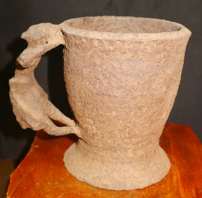 Goblet with thevada