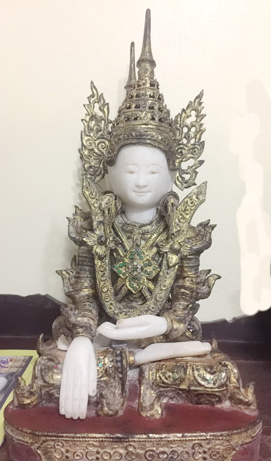 Buddha for shrine (sold by one, 3 availablabe)