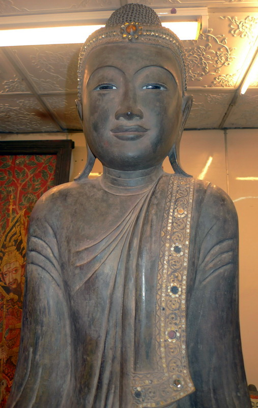 M1670-UP Giant Mandalay Buddha  Status : Available Click on picture for enlarge