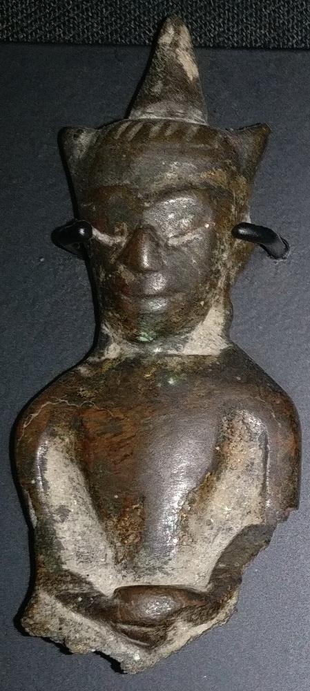 Ayutthaya Buddha giant amulet, torso
