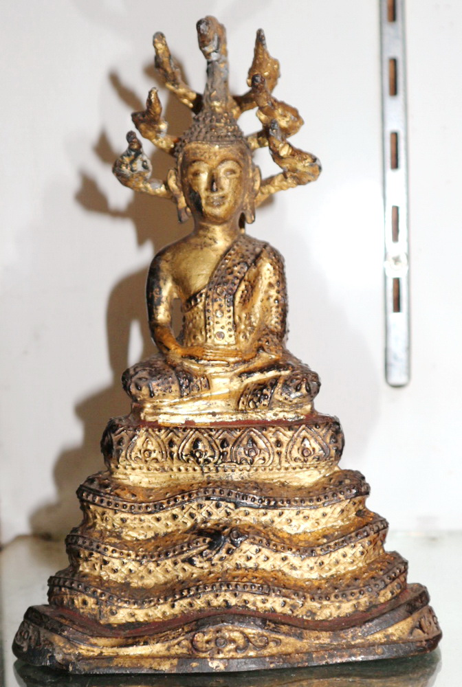 Ratanakosin Buddha under 7 headed Buddha
