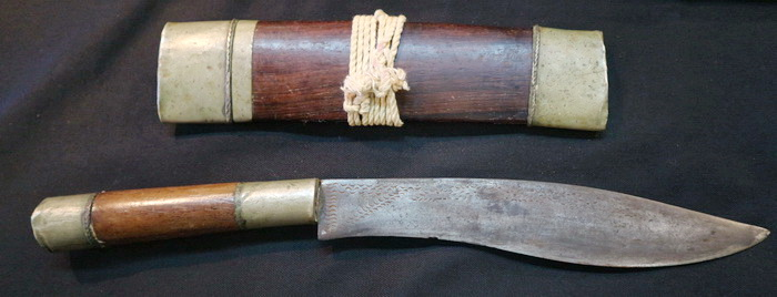 Lung Pakong knife