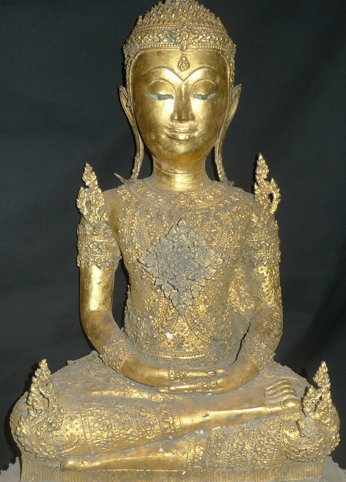Ratanakosin Buddha on huge base