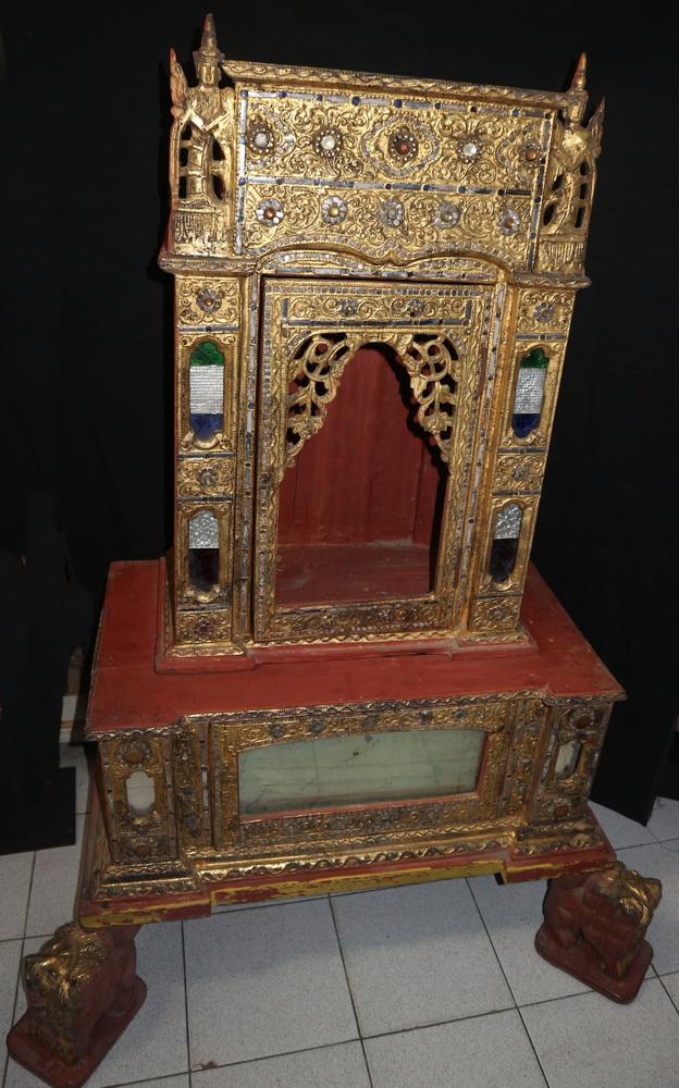 Temple cabinet