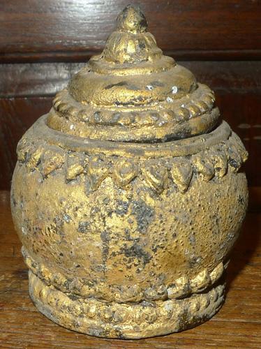 Ayutthaya temple medicine pot