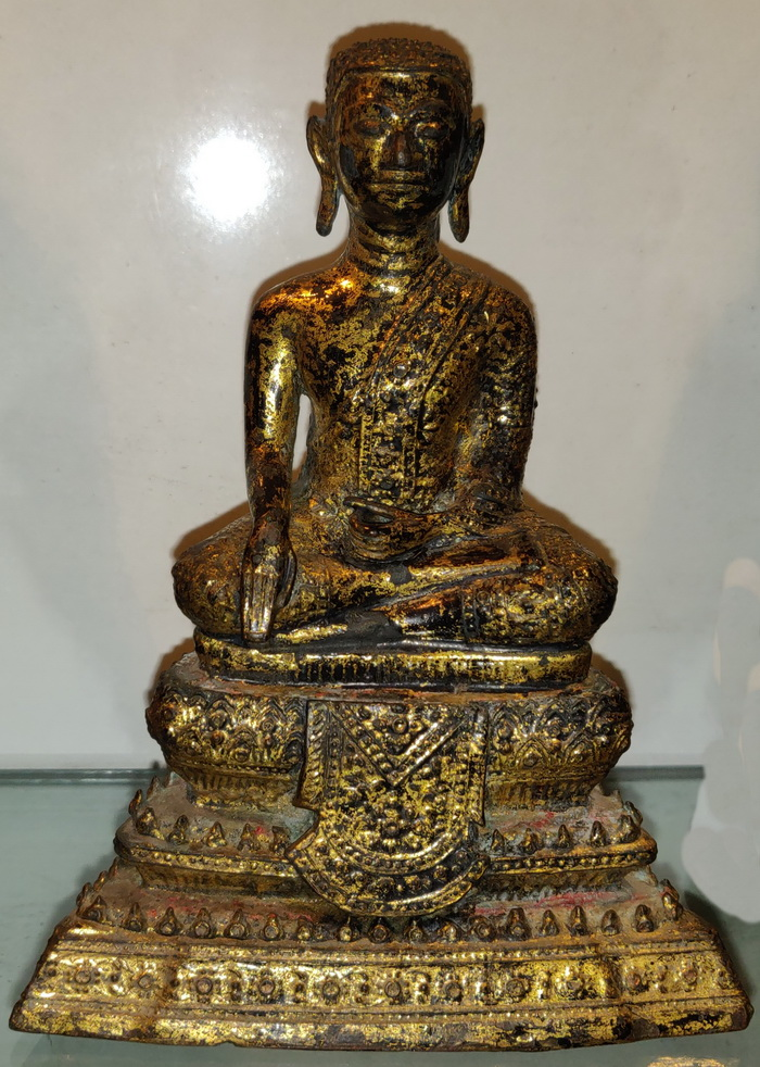 Ratanakosin Buddha as a monk