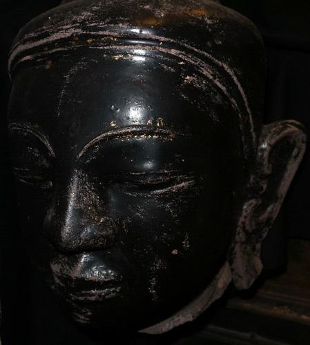 Shan Buddha's head