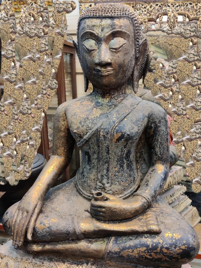 Ayutthaya Buddha as a monk on base