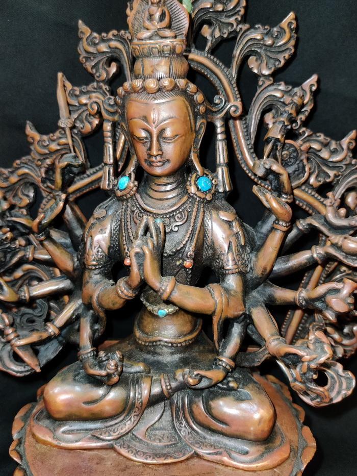 Thousand armed Tara