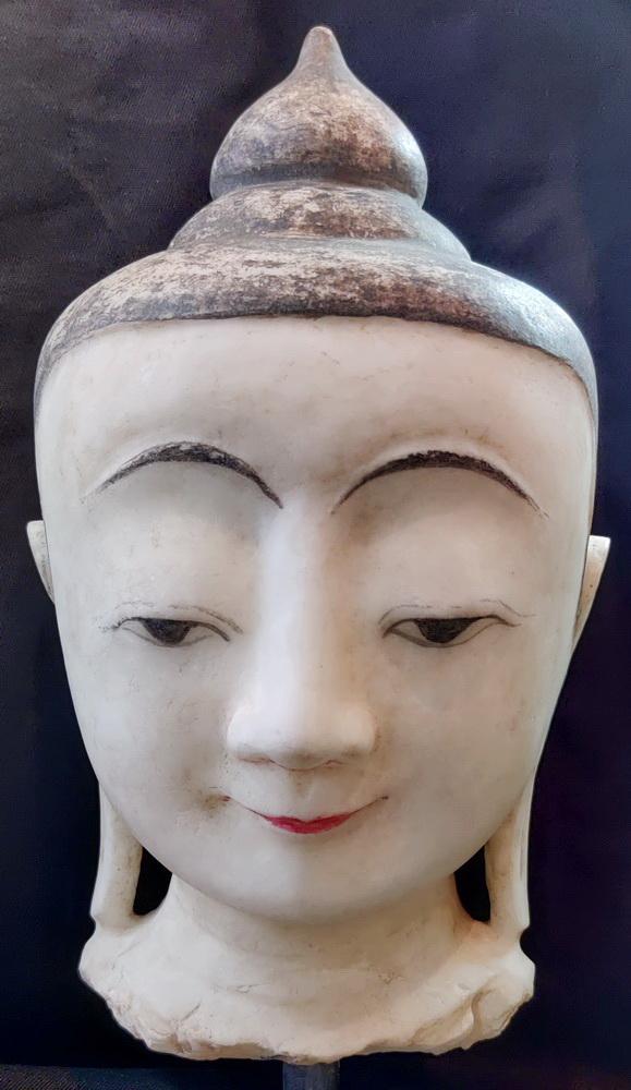 Ava-Shan Buddha head