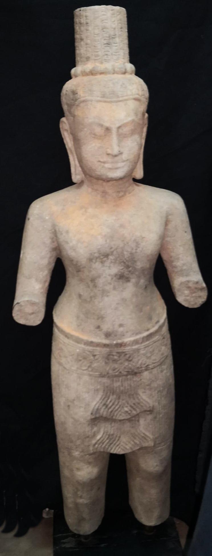 Khmer lokeshvara