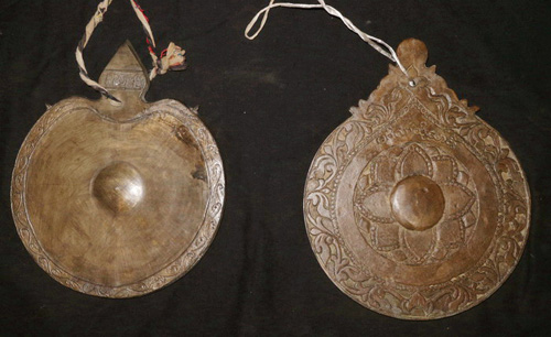 Carved Spinning gong, round shape, sold by one